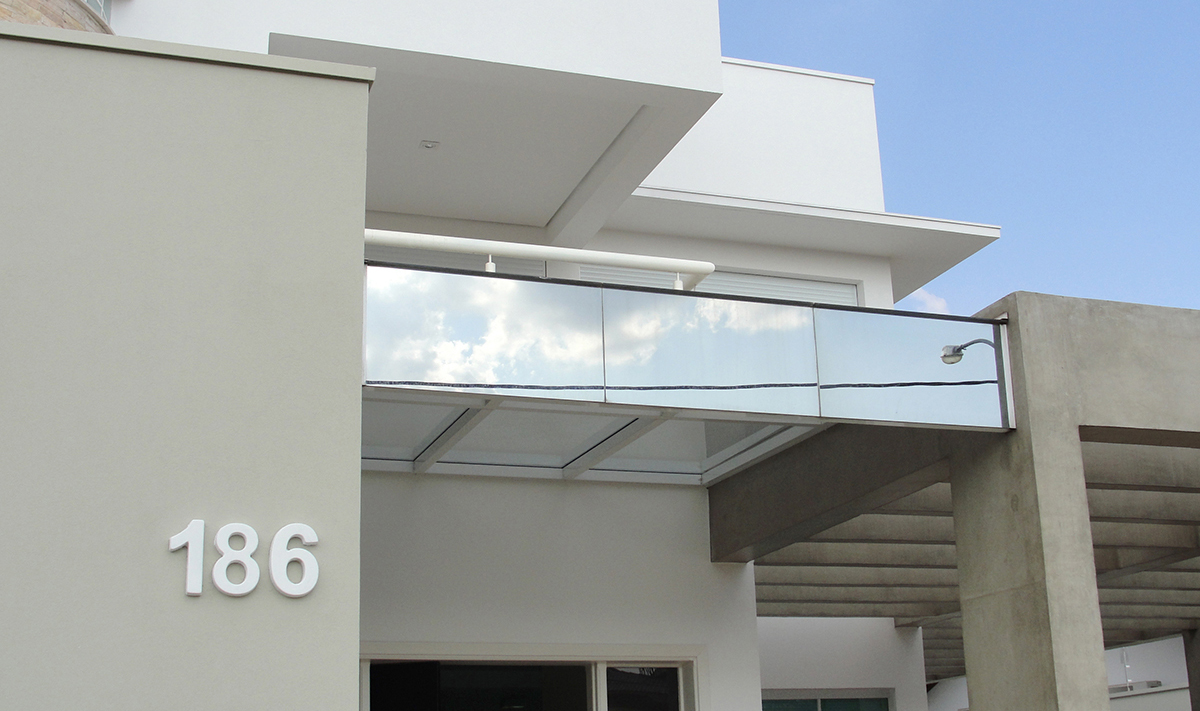 cobertura casa de vidro laminado