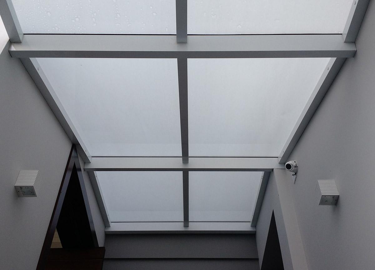 cobertura de vidro laminado para casa