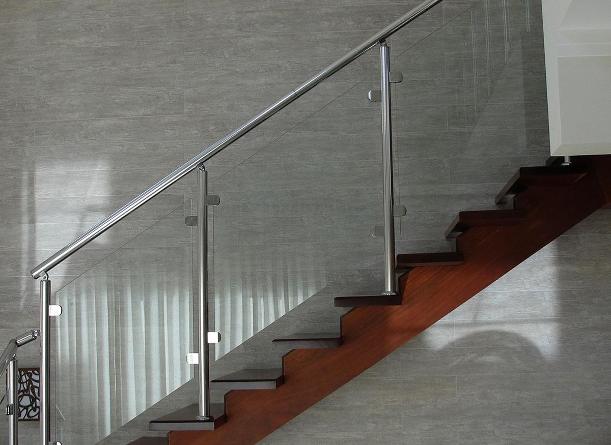 corrimão e guarda corpo para escada normas afeal