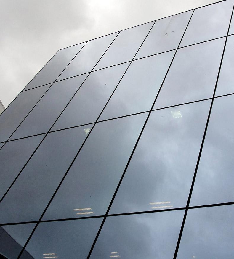 fachada resistente ao vento